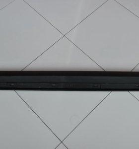 Накладка порога правая субару форестер 91112SC020
