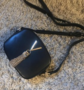 Маленькая сумка-клатч VALENTINO