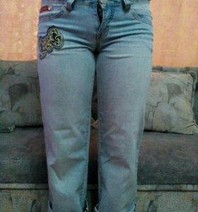 Укароченые джинсы