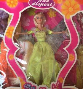Кукла с единорогом и набором платьев новая