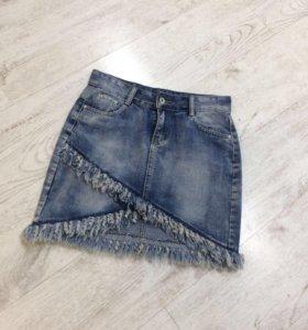 Юбка джинсовая с бахромой