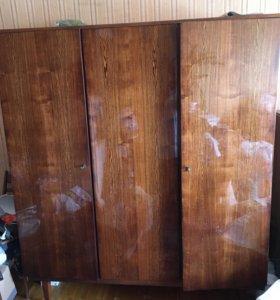 Шкаф для одежды трёхстворчатый б/у, шифоньер