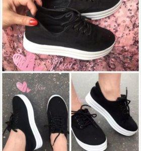 Слипоны новые (ботинки)