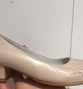 Туфли новые 32 размер