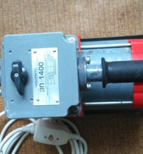 Электродвигатель глубинного вибратора
