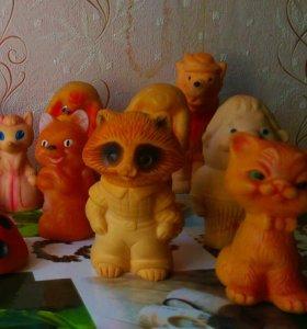 Продам резиновые игрушки советские.