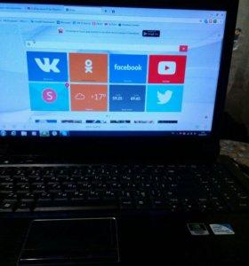 Ноутбук Lenovo v560