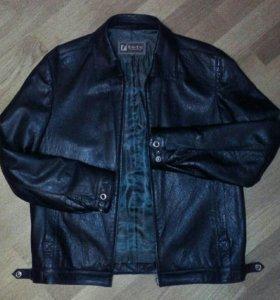 Мужская куртка из 100 % кожи , подкладка- шёлк
