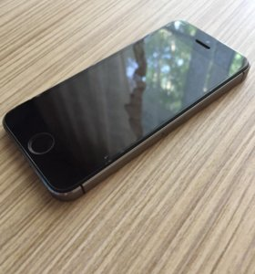 Продам IPhone 5s Space Gray