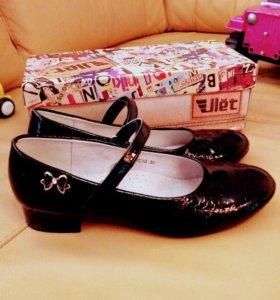 Туфли черные для девочки