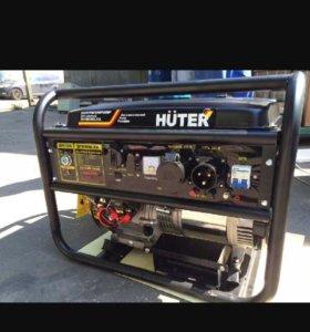 Генератор бензиновый Huter 6500 LXA (с АВР)