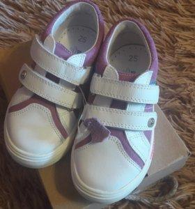 Ботиночки детские(нат.кожа)
