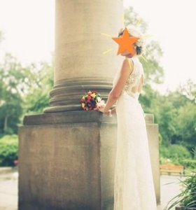 Свадебное платье, но можно и на выпускной)