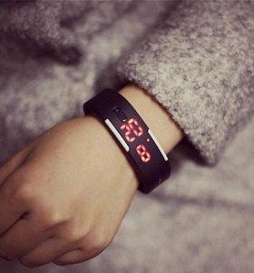 Новые браслет часы