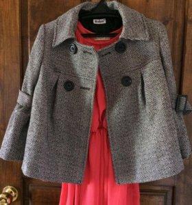 Пальто женское..размер 42-44
