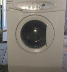 Продаю стиральную машину Самсунг.Доставка.