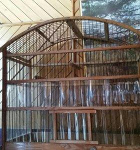 Клетка для попугайчика деревянная