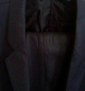Мужской костюм 52 разм
