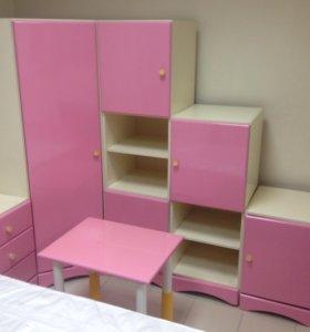 Набор детской мебели (новая-выставочный образец)