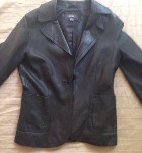 Кожаная куртка-пиджак Mexx