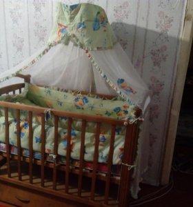 Детская кроватка очень хорошая