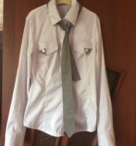 Продаю школьную блузку