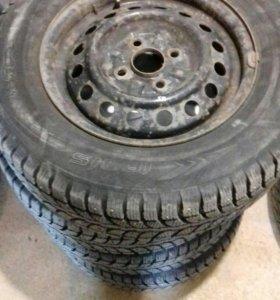 Комплект зимних колёс на дисках
