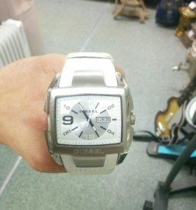 Часы DIESEL DZ 4247