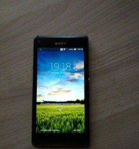 Смартфон Sony Xperia L C 2105