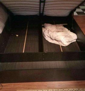 Продам кровать с ПМ и матрас в комплекте