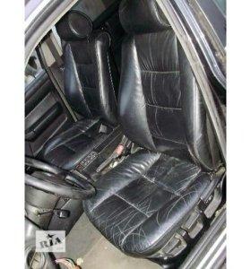 Передние сиденья BMW