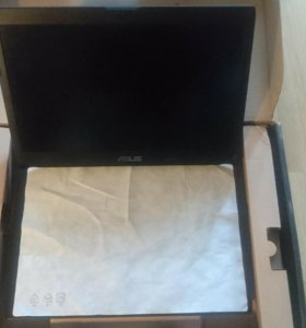 Продаю игровой ноутбук: Asus ROG G750JX