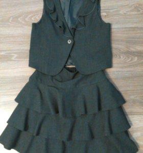 Школьный костюм на девочку р-р 34, рост140-152