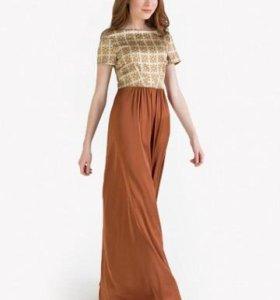 Дизайнерское платье от Анны Чапман