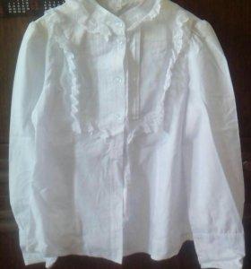 Блузки белые 140 и 146 размеров