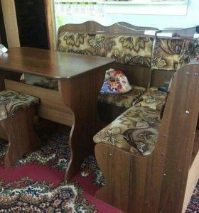 Кухонный уголок стол, Мяг. Табурет; уголок.