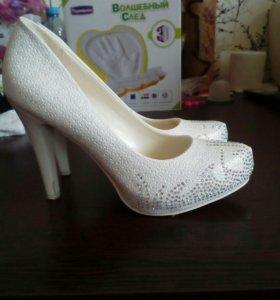 Туфли свадебные 39р