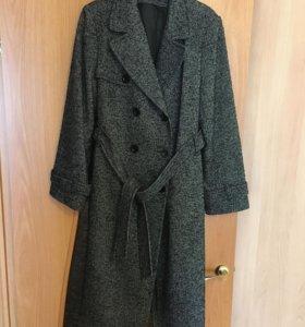 Женское пальто (б/у)