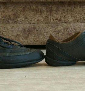 Оригинальные Reebok женские кроссовки б/у