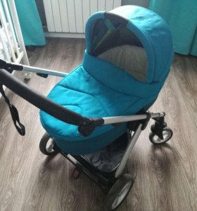 Продаю прогулочную коляску Mamas&Papas Sola 2