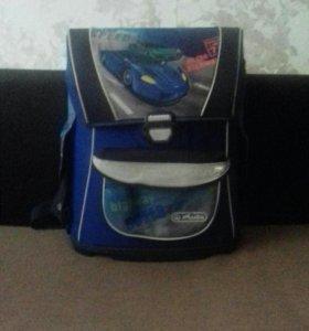 Рюкзак для школы для мальчика.