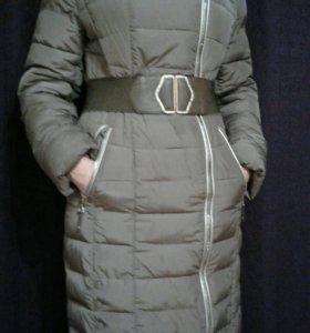 Демисезонное пальто с капюшоном