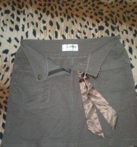 Стильная юбка с атласной лентой