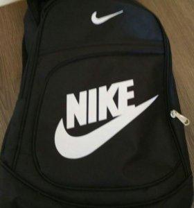 Рюкзак Nike (возможен торг)
