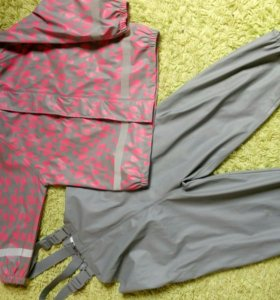 Резиновый костюм