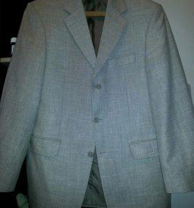 Фирменный пиджак из Германии.