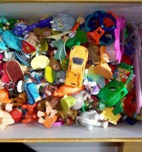 Коробка киндер-игрушек