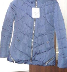 Продам куртку, новая. Не подошел размер)