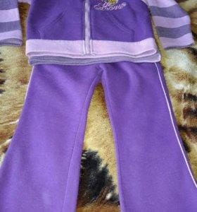 Трикотажный костюм тройка на девочку,5-6 лет