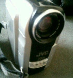 Видиокамера JVC 700x новая торг.уместен